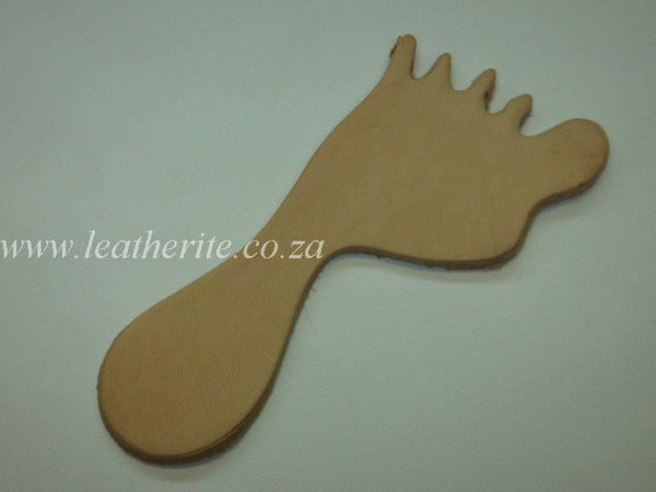Picture of Leather Keyholders - assorted shapes