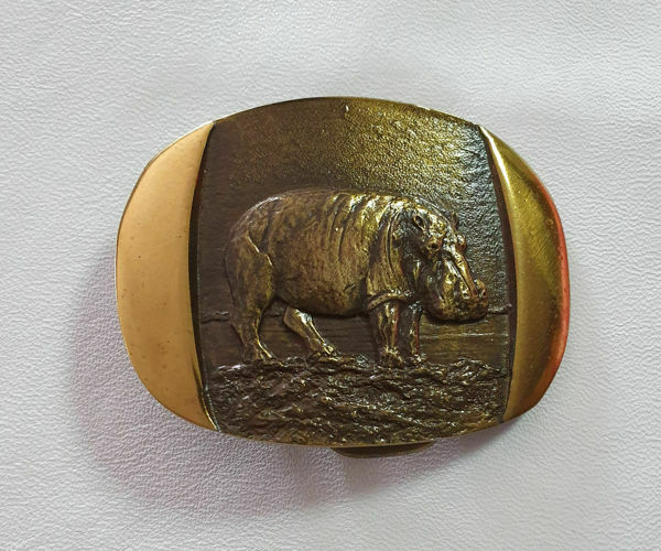 Picture of Solid Brass  Hippo Medium